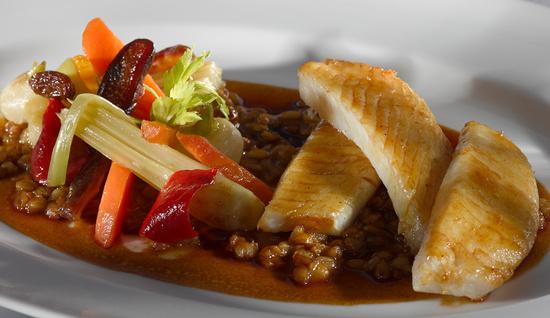 Filet de saint pierre la cuisine royal monceau la for Restaurant la cuisine royal monceau