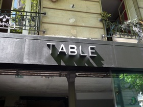 Table - Paris