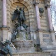 <p><b>Saint-Germain-des-Prés:</b> Place Saint-Michel</p>