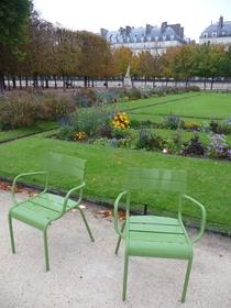 parking jardin des tuileries