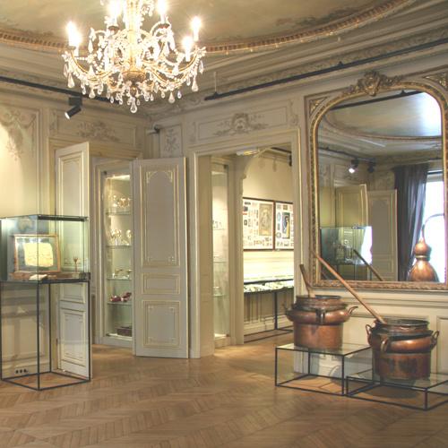 Mus e de la parfumerie fragonard - Fragonard boutiques paris ...