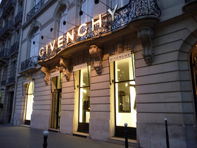 Givenchy - Georges V Paris