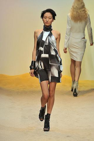 Guy Laroche Paris Guy Laroche Fashion And Perfume Designer